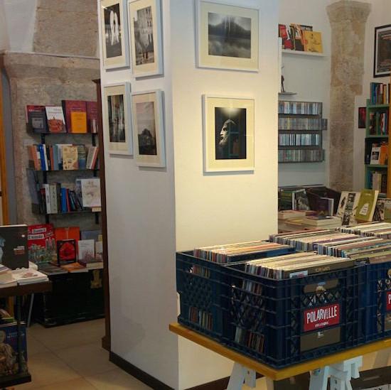 La libreria Polarville a L'Aquila (Il Post)